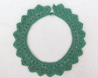 Green crochet collar