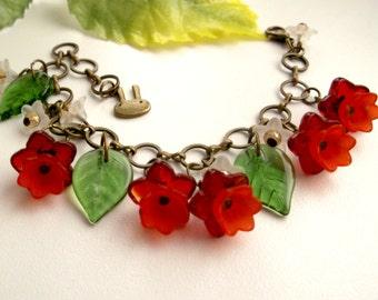 Red Flower bracelet kids bracelet girls bracelet floral bracelet lucite flower bracelet red bracelet red flower bracelet girls jewelry gift