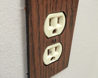 Rustic Red Oak Single Outlet Cover