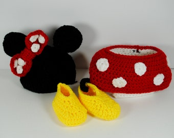 Newborn Photography Prop Mickey/Minnie Mouse