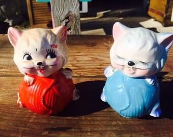 Vintage Cat Salt & Pepper shakers