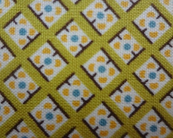 Hadley by Denyse Schmidt for FreeSpirit / Dot in Square in Sunflower / 1 Yard