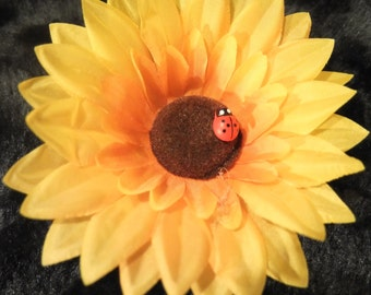 Smiling Sunflower Hair Flower -Pinup/Vintage Girl/Summer/Spring-
