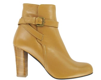 Beige leather ankle boots, Beige strap boots, Designed in Paris, Shoes from Italy, Women leather boots, Daf