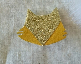 Brooch leather cat