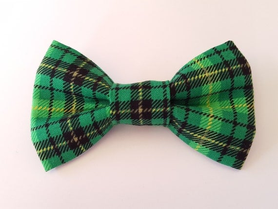 St Patrick Bow for Cat or Small Dog Collars, Matching Velcro Collar, 100% Sales Goes to Helping Feed Feral Cats