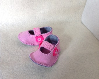 Newborn Felt Flowers shoes girl mary  jane in pink and grey