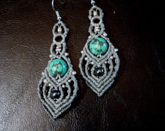 Macramé earrings with Turquoise