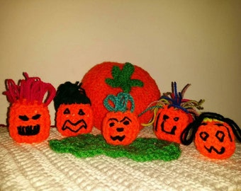 Crochet Halloween Mini Pumpkins