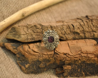 Vintage Sterling Silver Ring with Purple Crystal