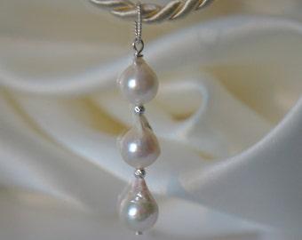 Baroque Akoya pearl pendant sterling silver Baroque Akoya pearl pendant silver