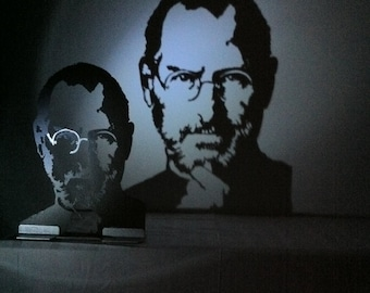 Sculpture Steve jobs