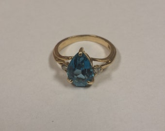 14K Yellow Gold Ring With Blue Topaz and Diamonds