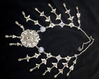 Morocco, Fez, exceptional ceremonial chain Silver (lebba) 10 pendants late XIX century.