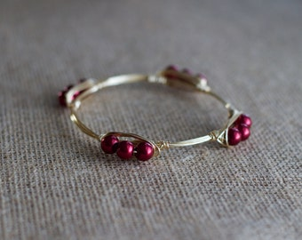 Red Pearl Beaded Wire Bangle