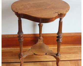 F3830 Antique American Victorian Quartersawn Oak Side Table, Lamp, Occasional Table