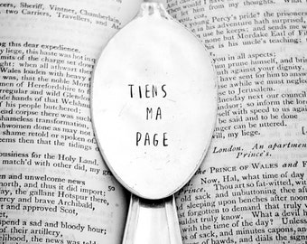 Tiens Ma Page / Bookmark / En Francais / French / J'aime Lire / Hold my Page / Bookworm / Teacher Gift / Gift Idea for Teacher / Book Reader
