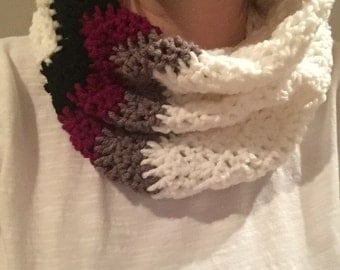 Crochet Chevron Cowl with Color Blocking, Crochet Cowl