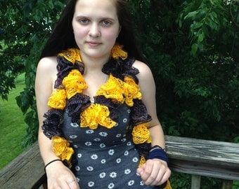 Black and Yellow spiral scarf