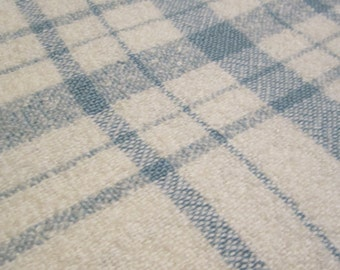 Table Cloth, hand woven, blue and white, tissage