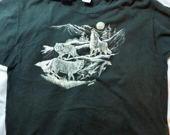 Vintage Wolf Scene XL T-shirt