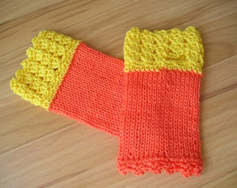 knitted kids arm cuffs with thumb hole