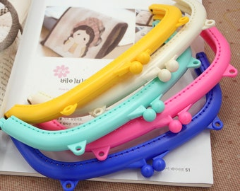 Cute Resin Adhesive Kisslock Frame For Bag Purse, Classic color, 20cm, 1 PCS,R0908