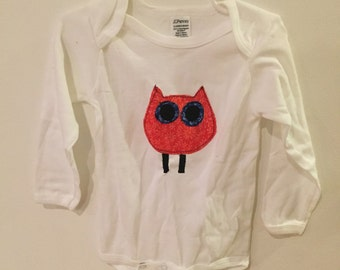 Baby onesie with applique owl