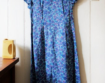 Unique Vintage 1960's blue floral dress