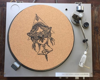 Turntable Slipmat - Specially designed Cork. Butterfly mask.