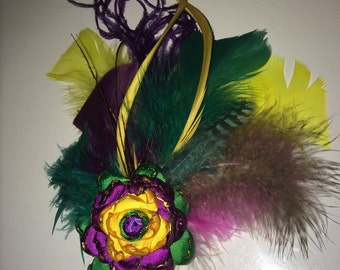 Feather and ribbon hair clip, handmade.