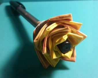 Macaroni and cheese Duct tape flower pen