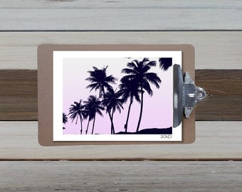 Table block note of several Palm trees in black and white, Palm trees, tropical wall art, displays. Botanical decor.