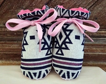 Itty Bitty Baby Booties- The Savannah
