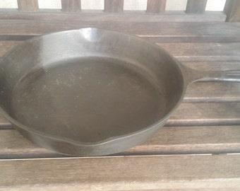 Vintage Cast Iron Frying Pan #10