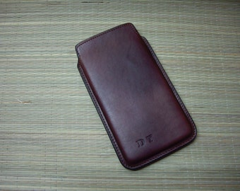 Mobile/iPhone bag with initials leather in dark brown