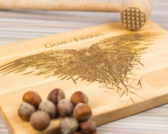 Game of thrones cutting board,  Game of throne Crown, raven, Game of thrones Gift, Game of thrones cutting board, got, wooden gift