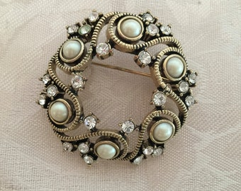 Vintage Monet Rhinestone and Faux Pearl Brooch