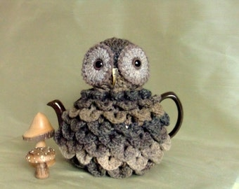 Tarquin the Owl Handcrochet Teacosy