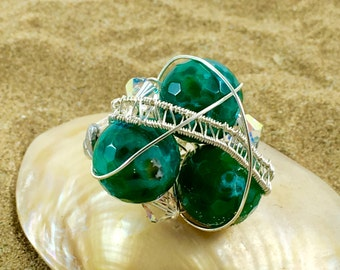 Ring with green agate and Swarovski crystals