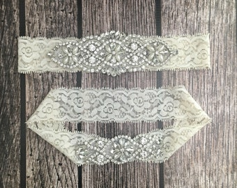 Wedding garter, pearl garter, ivory garter, garter toss, lace and pearl, wedding garter set, garter set