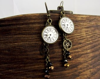 Steampunk earrings, Watches earrings, Clock face, White earrings, Steampunk vintage jewelry, Gears, Glass earrings, gear earrings, teen gift