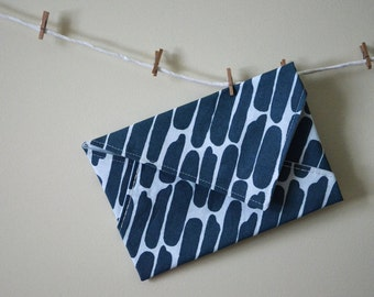 Pouch effect envelope screen-printed and sewn hand