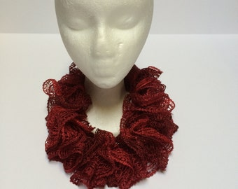 short red ruffled cowl, ruffled scarves, accessories,