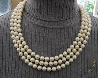 Vintage Pearl Necklace #440