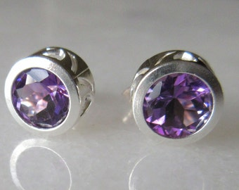 7mm Round Amethyst Silver Earrings