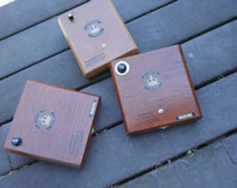 Kick Style Cigar Box Stomp Box - Damion Crown Cigar Box