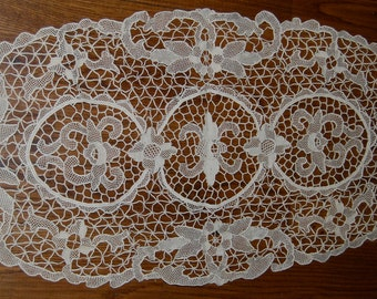 Needle Lace Table Runner--Beautiful