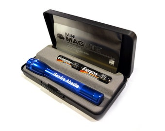Laser Engraved Maglite Mini Maglite 2-Cell AAA Flashlight with Presentation Box Personalized -  Groomsman Gift - Father's Day