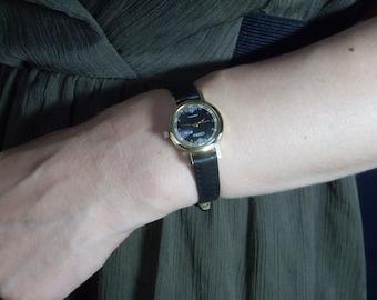 Rare Soviet Union Vintage ladies watch SLAVA Quartz wrist Watch / Early Soviet Gold plated Ladies Watch